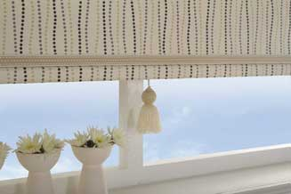 Roller Blinds Mandurah- Perfectly made to fit your windows from Rian's Window Treatments Mandurah