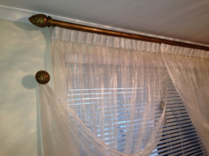 Dos And Donts Of Combining Blinds And Curtains TogetherRians - Curtains and blinds together